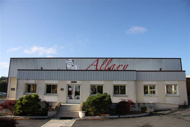 Vue de la façade de la tonnellerie Allary